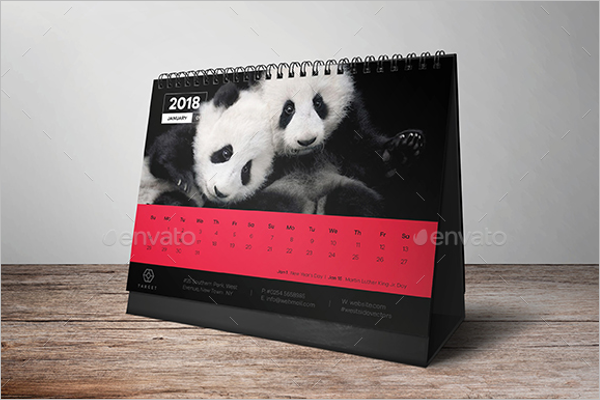 Animal Desk Calendar Mockup Design