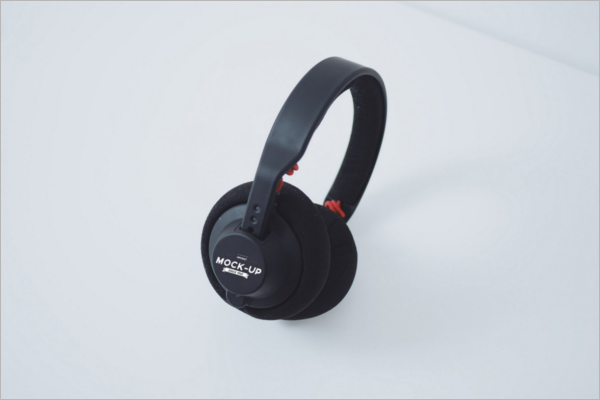 Best-Headphones-Mockup-Design