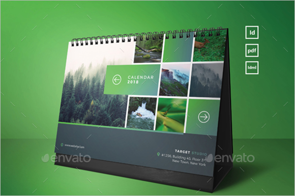 InDesign Desk Calendar Mockup
