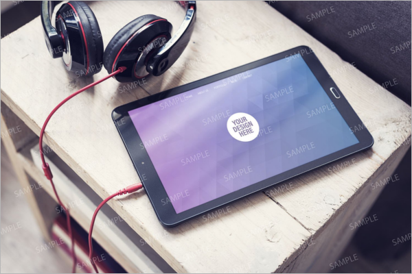 PSD-Headphones-Mockup-Design-1